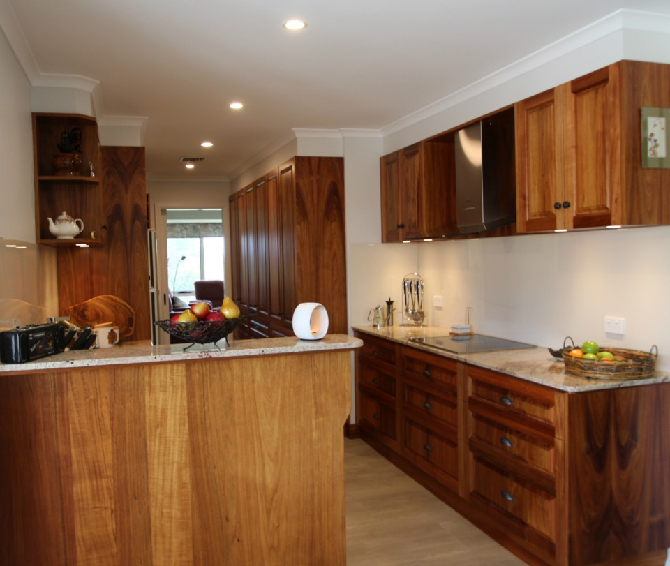 Traditional Blackwood Kitchen With Walk-in Pantry And