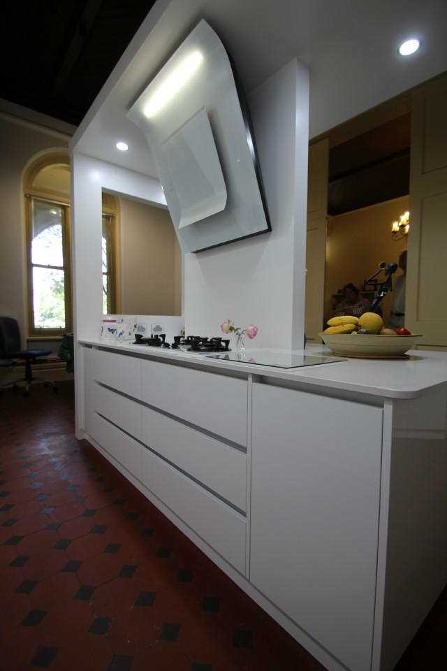 Ballarat Kitchens | Custom Cabinetry |Island Bench| Design