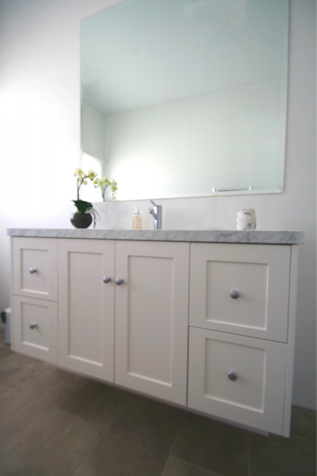 Awesome Hamptons Style Vanity  Provincial Bathroom Vanity  EBay